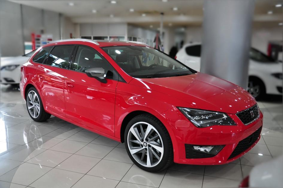 Fecosauto Concesionario Seat y Volkswagen Mollet del Vallès Seat Leon ST FR 16.300 €