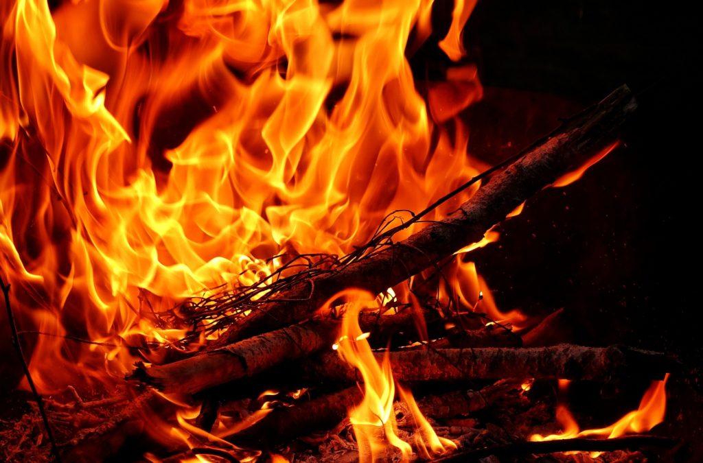 fire-3358267_1920